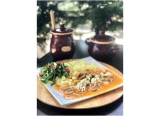 Šampiňónový paprikáš s ryžovou cestovinou