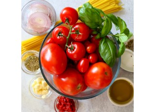 Ako zdravo konzumovať paradajky a papriku počas sezóny